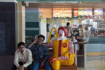 麦当劳印度大幅关店;亚马逊印度疑因拖欠巨额租金被告上法庭 | 印度创投周报