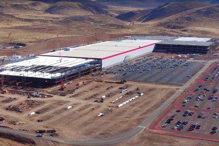 为扩建投产Model 3,特斯拉超级工厂建设成本已跨过10亿美元大槛!
