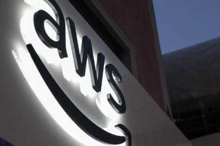 亚马逊AWS遭竞争对手猛追,先发优势正被微软谷歌追平