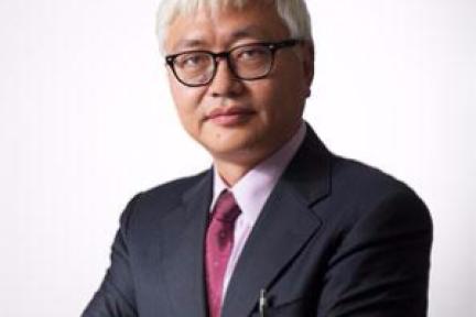 长江商学院教授薛云奎质疑科大讯飞:光鲜增长背后隐含巨大风险