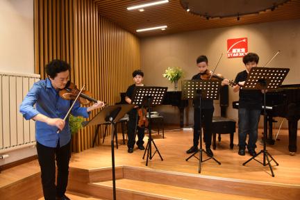 小提琴演奏家吕思清:相比授课,助教也许是在线音乐教育产品更适合的角色