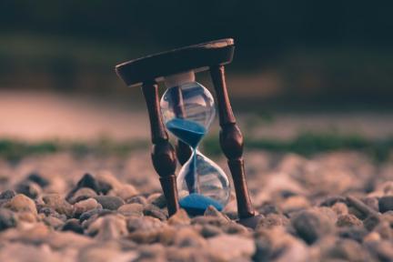 36氪领读 | 内容推荐算法,抢夺用户时间的利器