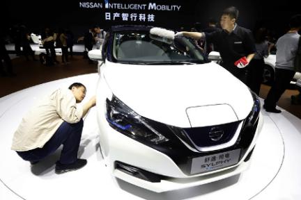 2019上海车展:中国电动车市场竞赛缩影