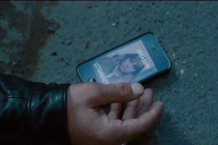 电影中的坏人为什么不能使用iPhone?