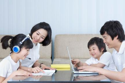 由线下到线上,拥抱英语教育新形式 | K12在线英语教育用户调研报告