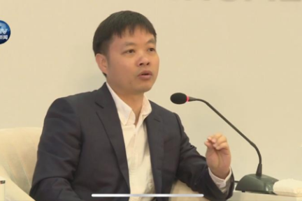 何小鹏:小鹏汽车会考虑全新的数据模型,从底层入手做出中国式的差异化