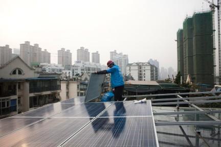 纪实:从武汉到美国,太阳能产业改变的不只是小商贩们的命运 | 全球聚焦
