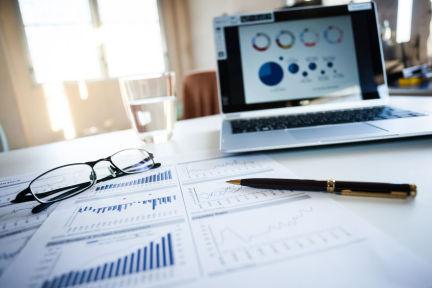 如何利用财务数据更好地把控公司发展节奏和方向?