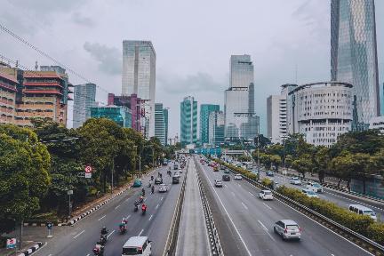 "「51VR」品牌升级为""51World"",发布城市级全要素场景自动化平台"