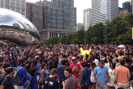 8点1氪:五千人齐聚芝加哥抓精灵破纪录;Uber乘坐次数突破20亿;HBO称权力的游戏第七季将在明夏登场