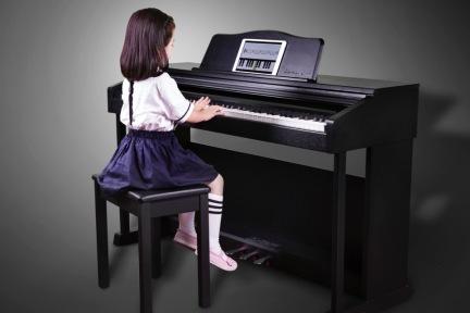 中小学音乐课几十年如一日,天使音乐想用硬件+软件来标准化这个市场