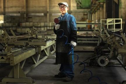 【蓝领日志】工厂蓝领招聘都在怎么玩?
