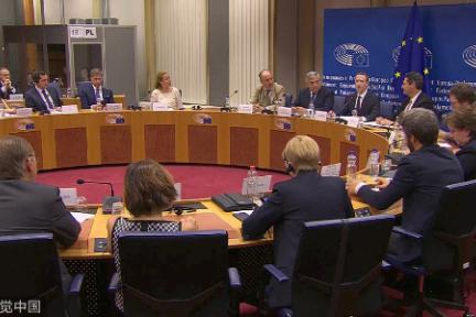 提问1小时,回答7分钟?扎克伯格欧洲议会听证会全程实录