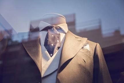 被搅动的万亿级服装市场:连接、重构与百亿公司的诞生|36氪新风向