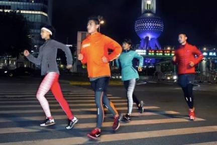 健身成白领夜间外出娱乐主要选择;国务院健身利好政策;以及一些健身新消息 健身周报
