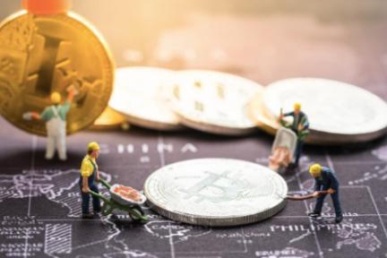 为什么比特币价格持续下跌,而比特币的哈希率却稳步上升?