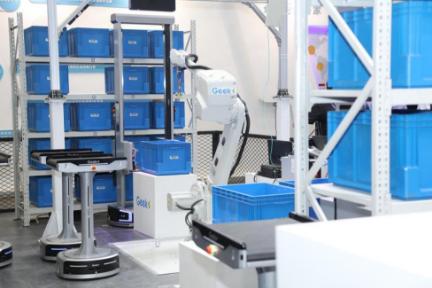 极智嘉携新品亮相2019亚洲物流展:推出柔性无人仓解决方案和小型搬运机器人