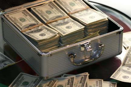 星球日报 | 北京比特币取款机存活一周便撤出;Bitfinex平台币LEO开盘跌幅超90%