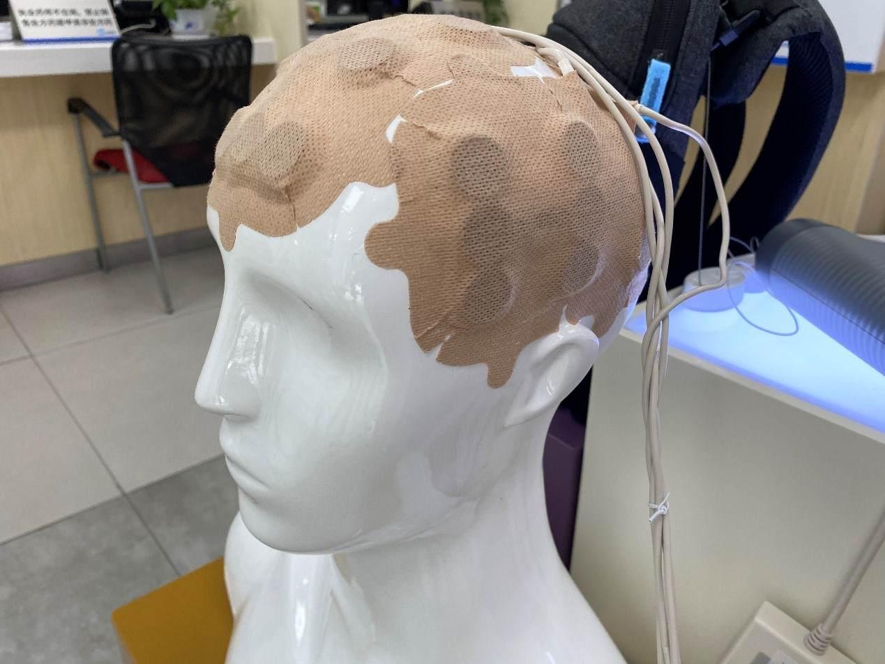 首个医疗器械多方共付项目启动,肿瘤电场治疗「爱普盾」能否打破脑胶质瘤治疗困境?