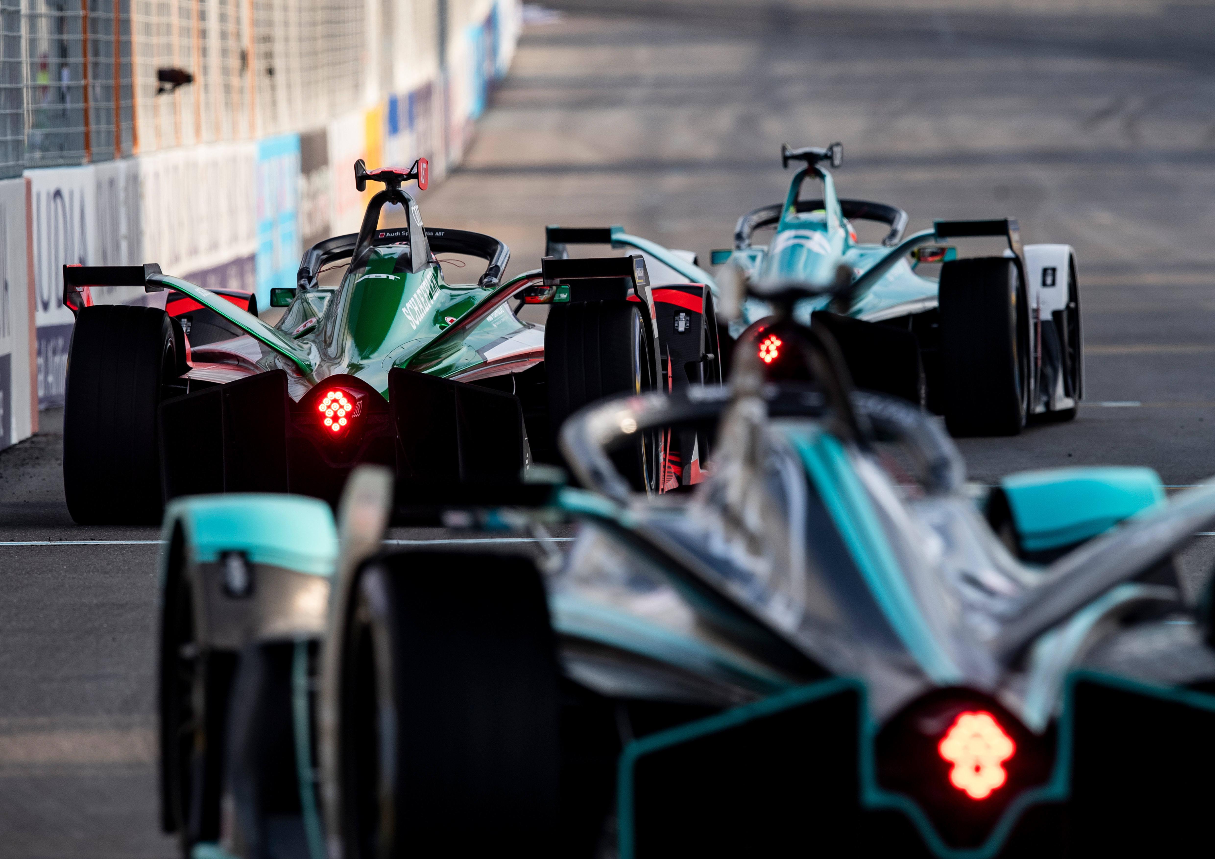 """国际汽联电动方程式锦标赛与快手达成战略合作, 运营商「伊诺华」 想要建立""""FE""""标准"""