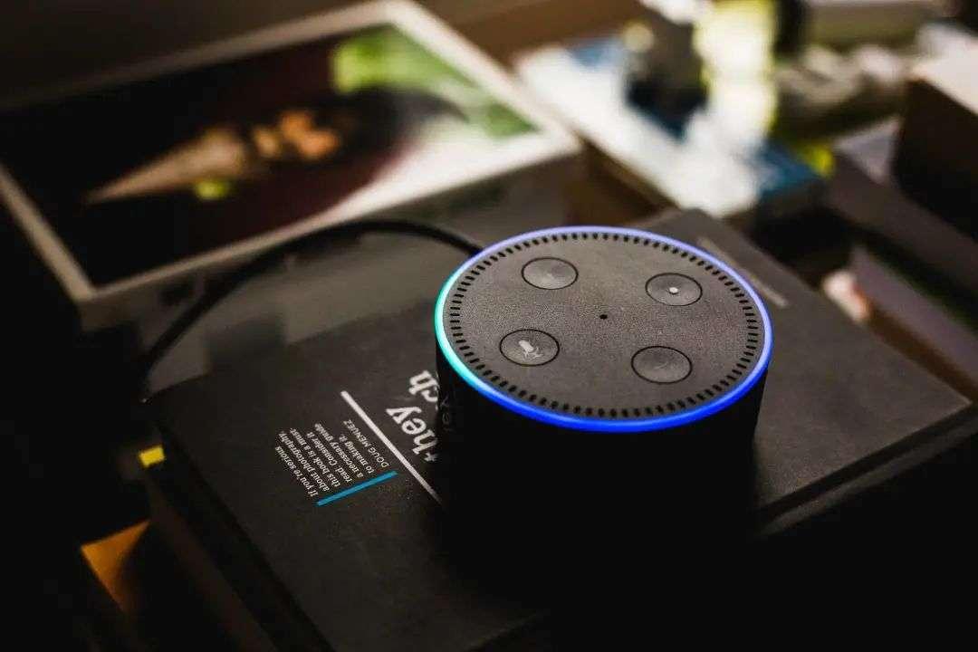 v2 8a544c105474459590c55f61ffb94a52 img 000 - AirPods 最大的创新,其实是革新了耳机交互