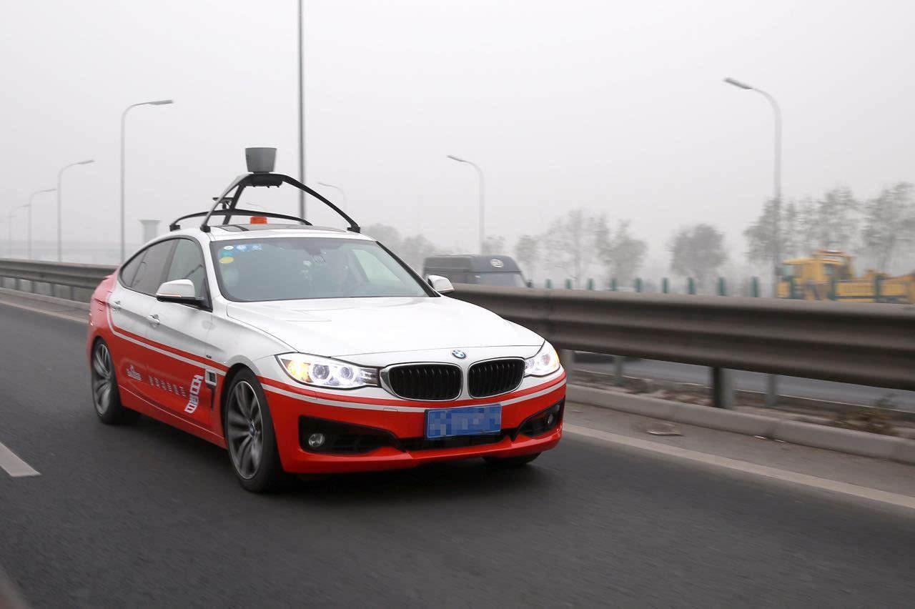 百度无人车已有超过100个站点准备就绪,将陆续向公众开放