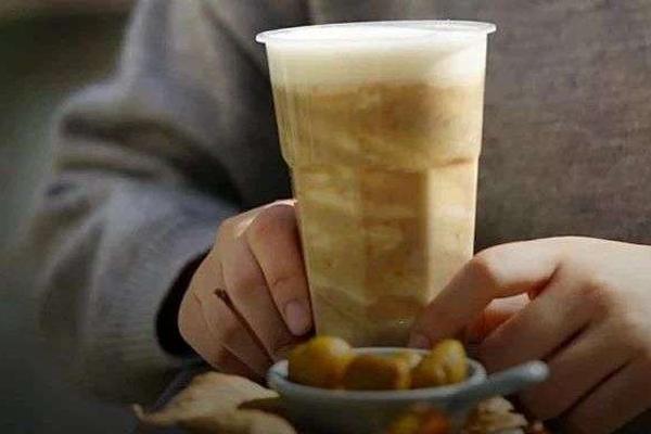 """茶饮品牌都在悄悄""""挑""""板栗,它有没有爆红的基因?"""