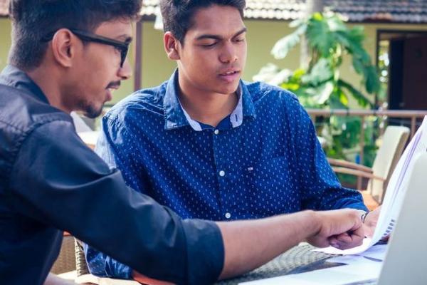 网课在印度:开小差的学生和跃跃欲试的科技公司
