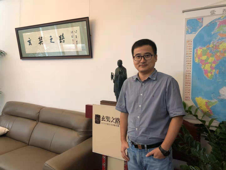 独家专访比亚迪李云飞:以混动技术降维打击燃油车