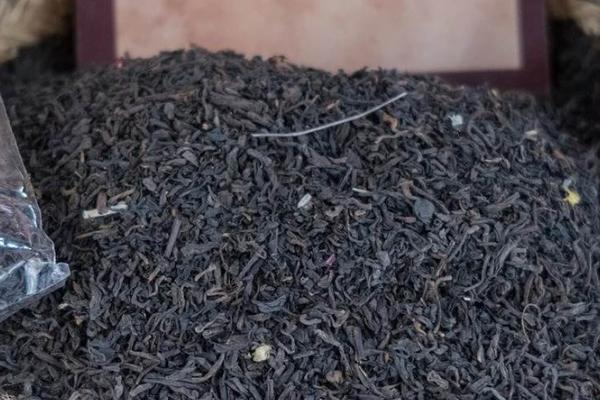 """88万元普洱茶、200万人抽签抢购,背后是地下灰产的""""技术革命"""""""