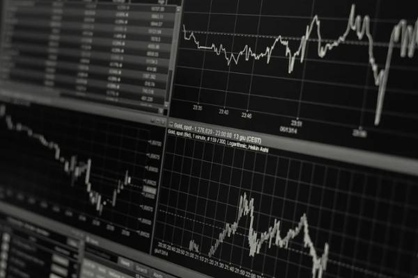"""拆解股市""""卖铲人""""生意,你的炒股软件怎么赚钱?"""