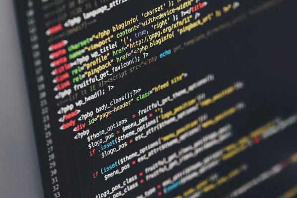 开发在线IDE协同开发环境,「极客神灯」想做程序员AI远程面试创新者