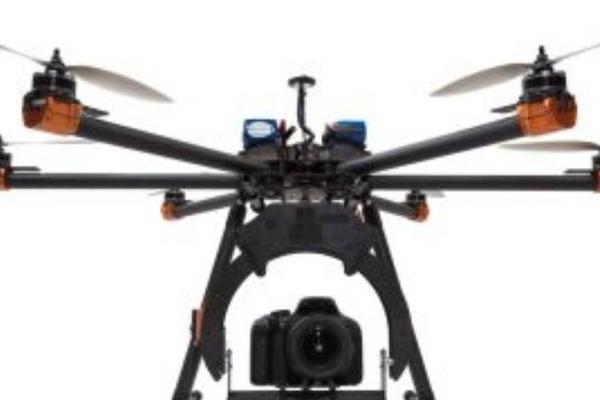 """专访复亚智能创始人曹亚兵:让无人机学会""""自动飞行"""