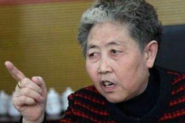 陶华碧想退休:没了老干妈,辣椒酱还香不香?