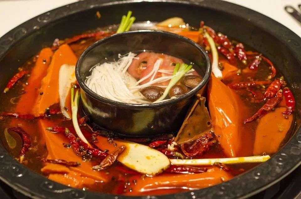北漂嗰啲年嗰啲事:食自助食到吐、厕所接水煮火锅