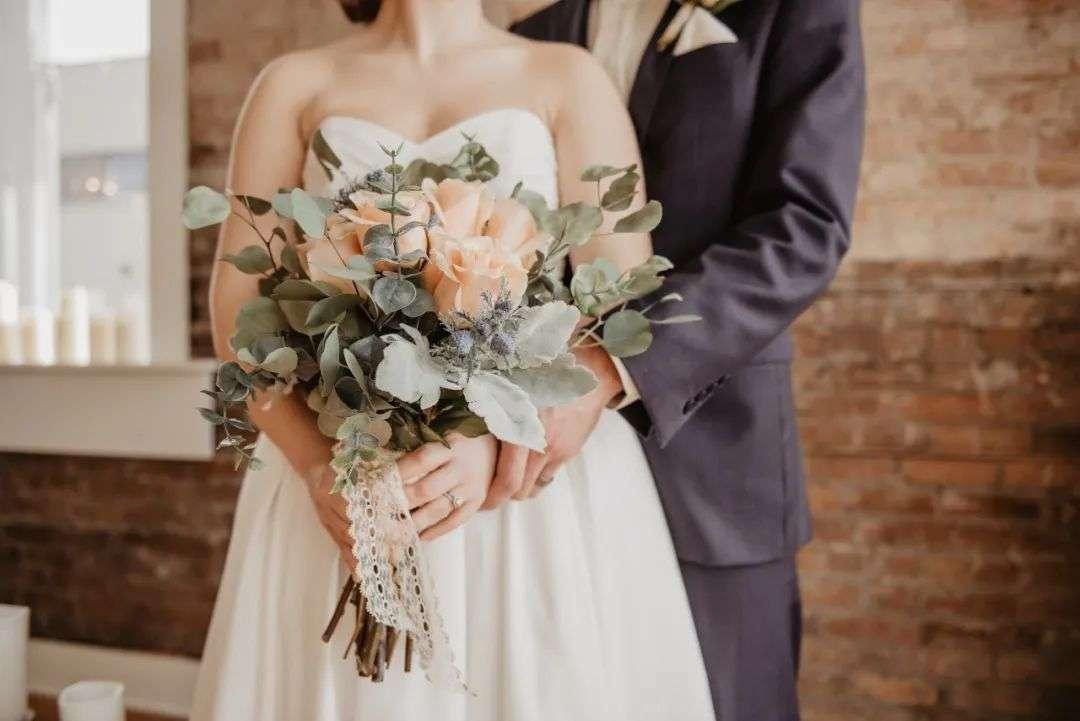 """年轻人的婚礼,也长成了""""网红脸""""_24K88"""