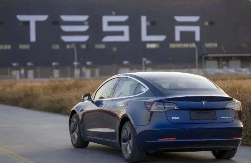 新能源车正成为汽车销量增长的有力助推要素