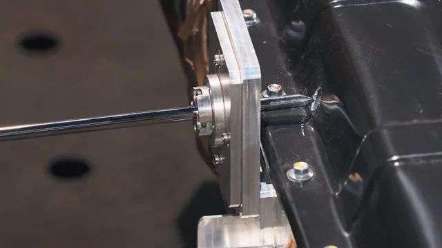 动力电池变局:磷酸铁锂凭什么扳回一局