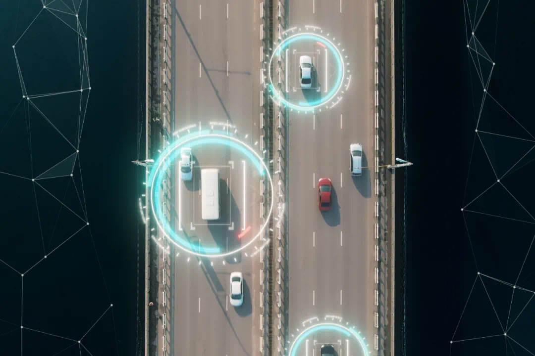 站在汽车智能化风口的比亚迪,用开放链接万千开发者